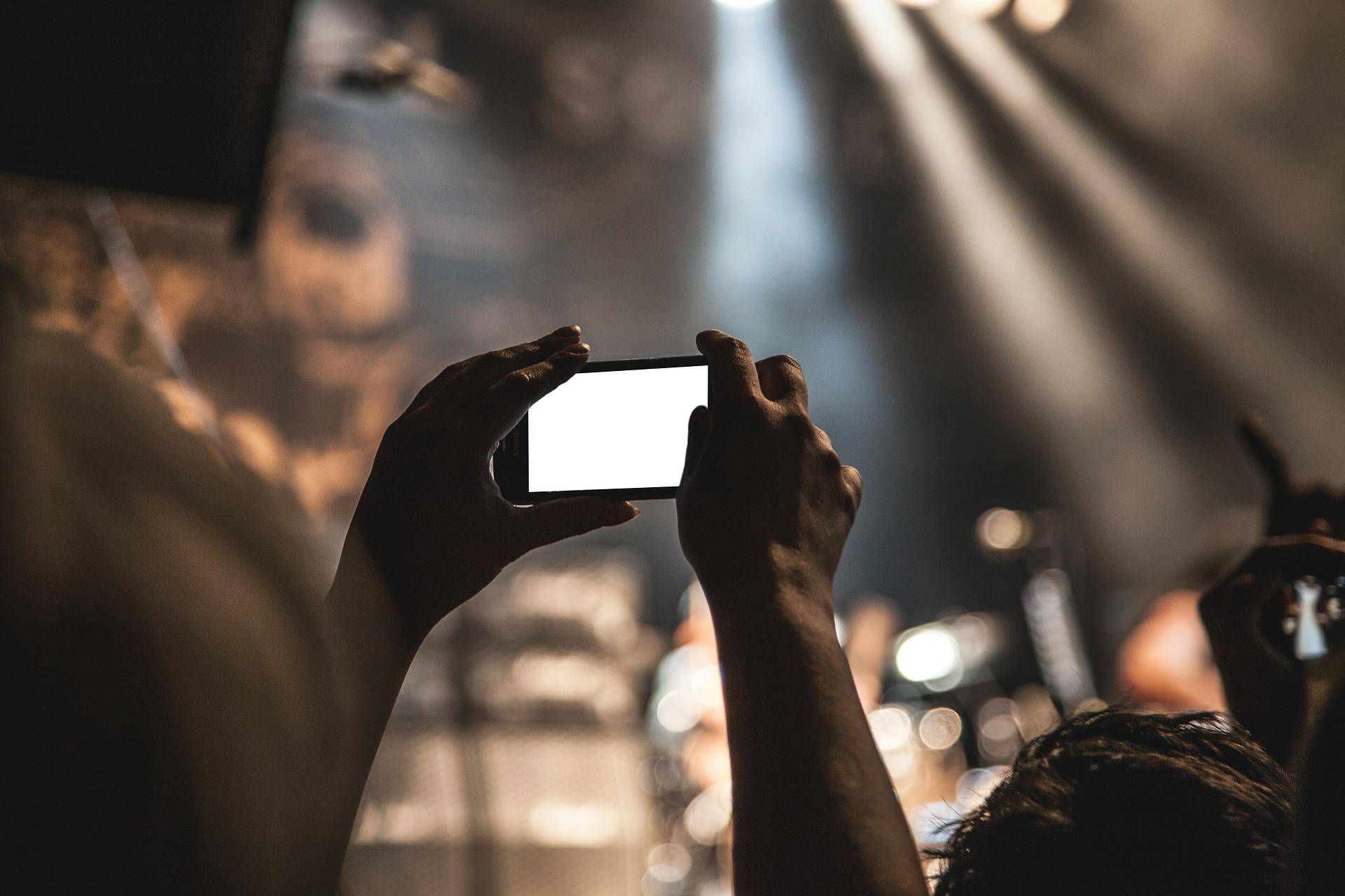 Keď sa koncerty presunú na internet